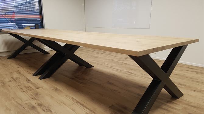 Staal en hout bureau houtentafels & zo
